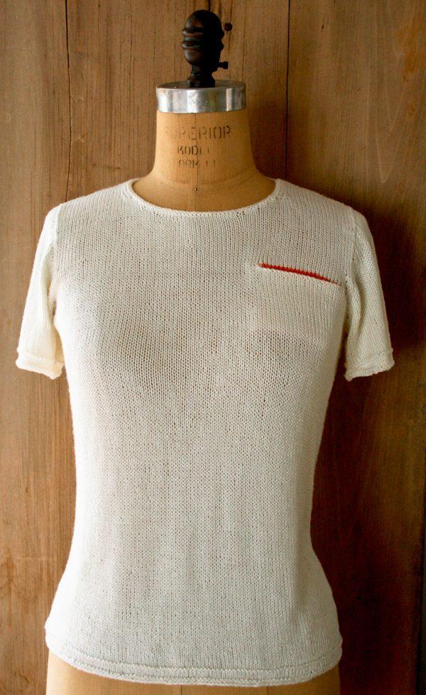 t-shirt-sweater-600-1