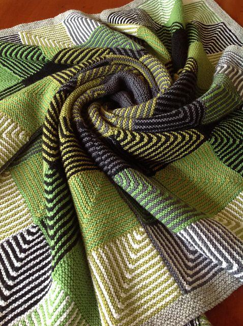 Strikk fargerikt pledd - bye9design.com