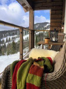 Strikketøy og helg på hytta