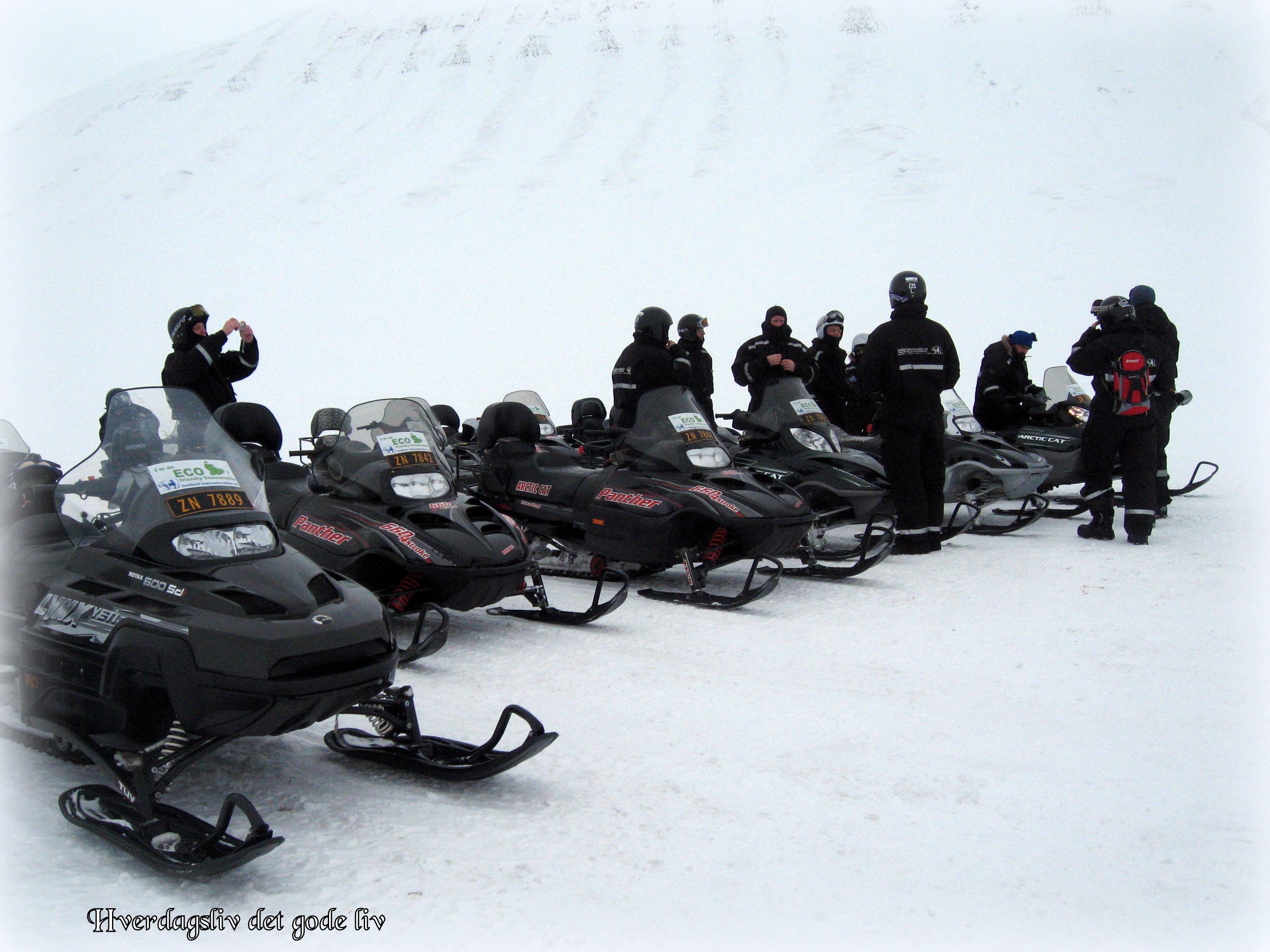 Scootertur på Svalbard - Visit Norway - visit Svalbard